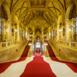 Hauptstiege im Parlament