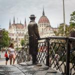 Statue von Nationalheld Imre Nagy in Budapest