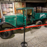 Historische Ausstellungsstücke im Besucherzentrum der Brauerei Budweis