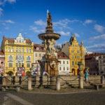 Der Samsonbrunnen auf dem Marktplatz von Budweis