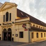 Außenansicht der Brauereigaststätte Masné krámy
