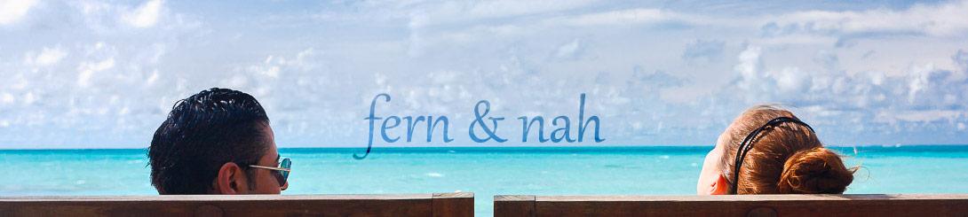 Ein Pärchen entspannt auf den Malediven