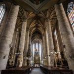 Innenansicht der St.-Bartholomäus-Kathedrale
