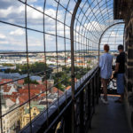 Die Aussichtsplattform auf dem Turm der St.-Bartholomäus-Kathedrale