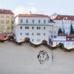 Häuserzeile auf dem Weg bergab in die Altstadt
