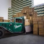 Historischer LKW in der Brauerei Staropramen