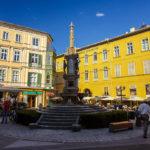 Der Franz-Carl-Brunnen auf dem Schröpferplatz