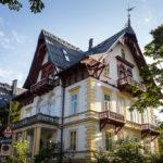 Außenansicht der Villa Schodterer