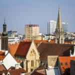 Blick auf die Dächer der Altstadt vom Michaelertor aus gesehen