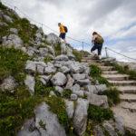 Von der Bergstation führt ein 15-minütiger Weg auf den Gipfel des Jenners