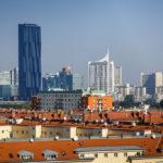 Donaucity, gesehen von der Dachterrasse des Nebengebäudes des OMV Headoffice in Wien