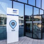 Eingang des OMV Headoffice in Wien
