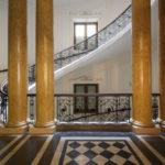 Stiegenhaus in der ehemaligen k. k. priv. Länderbank in Wien