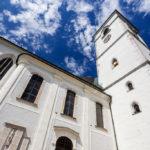 Außenansicht der Pfarrkirche Sankt Wolfgang