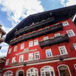 Außenansicht des Hotels Weißes Rössl in Sankt Wolfgang