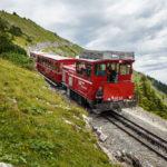 Die Schafbergbahn auf offener Strecke