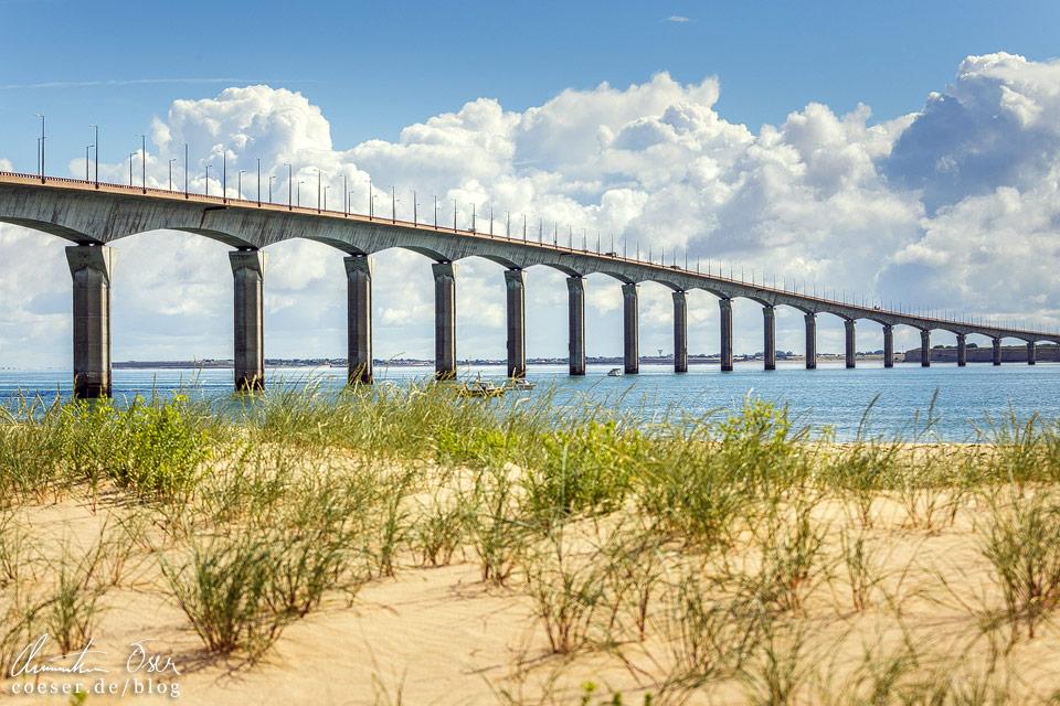 Die knapp drei Kilometer lange Brücke Pont de l'île de Ré