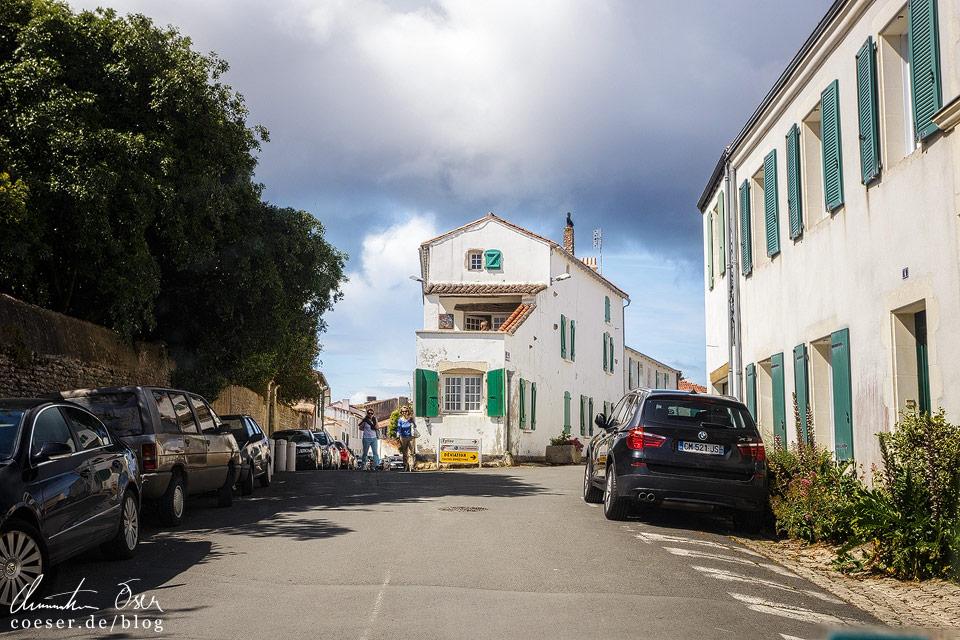 Autofahren ist auf der Insel übrigens nur halb so lustig, ständig sorgen Einbahnstraßen für große Umwege