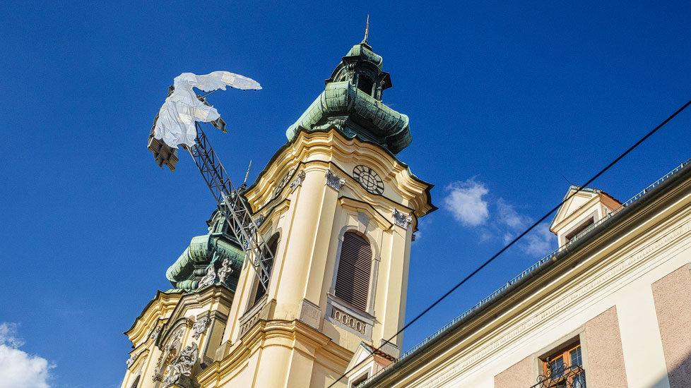 Engelskulptur an der Ursulinenkirche