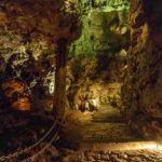 Im Inneren der Drachenhöhle