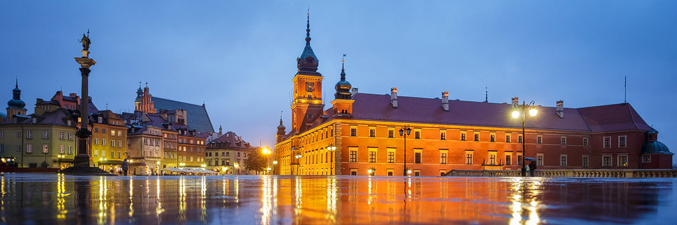 Das beleuchtete Warschauer Königsschloss