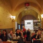 Innenansicht des Restaurants Zapiecek in Warschau