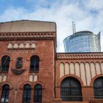 Außenansicht des Museum des Warschauer Aufstandes