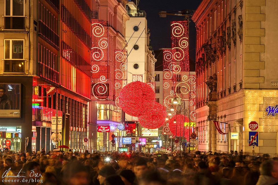 Weihnachtsbeleuchtung auf der Wiener Rotenturmstraße