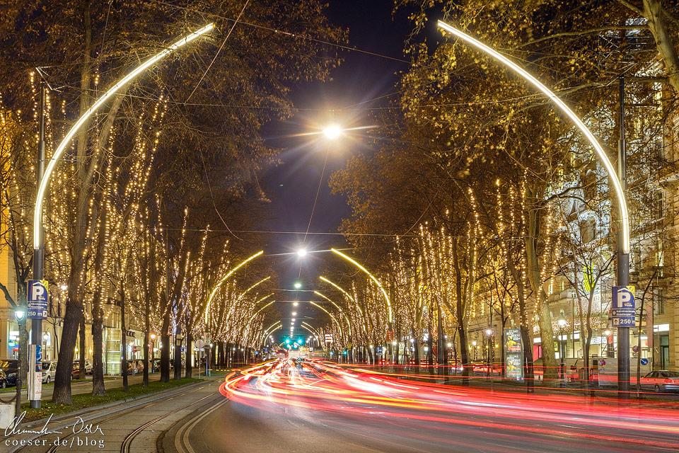 Weihnachtsbeleuchtung auf der Wiener Ringstraße