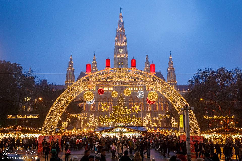 Die wohl bekannteste und kitschigste Ansicht des Christkindlmarkts, aber ich liebe sie