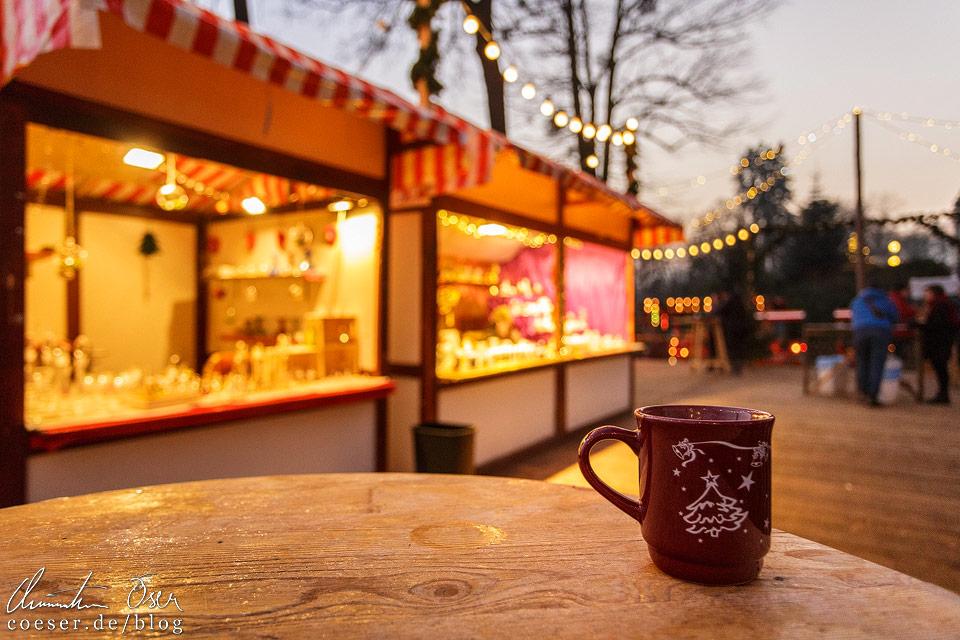 Der Markt ist ideal, um einmal in Ruhe und ohne Touristenmassen ein Glas Glühwein zu trinken
