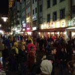 Partystimmung Am Bollwerk während des Kölner Karnevals