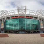 Außenansicht des Stadions mit Blick auf die Tribüne East Stand