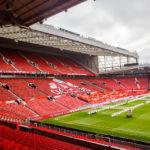 Die Tribüne East Stand im Stadion Old Trafford
