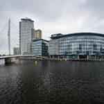 Blick auf die BBC MediaCityUK im Viertel Salford Quays