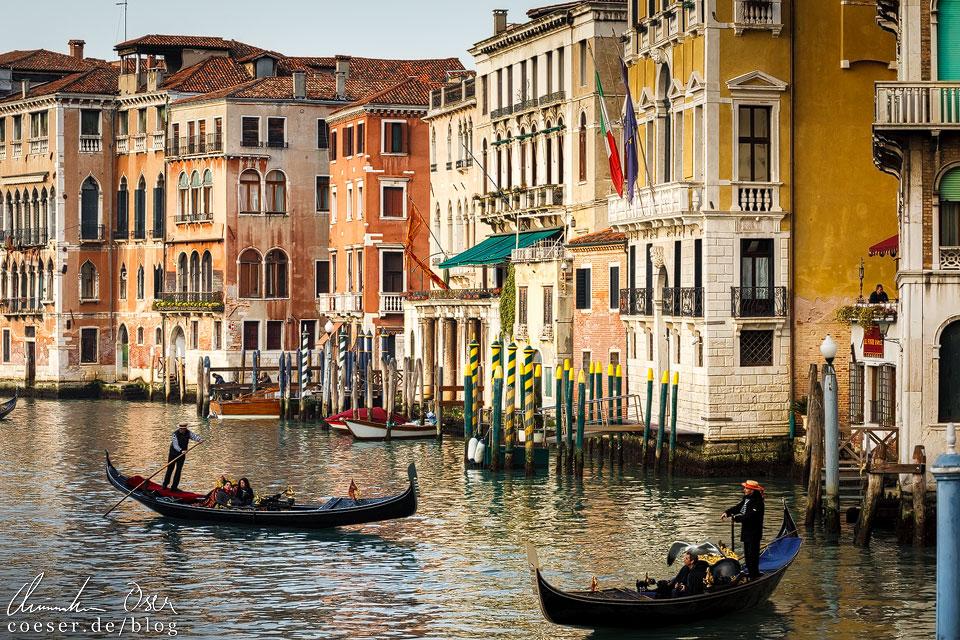 Innenstadt während des Karneval von Venedig