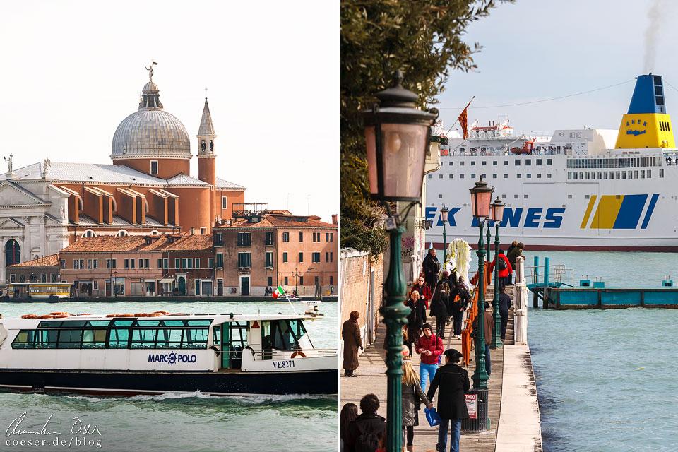 Hier seht ihr zwei Schiffe: eines wird von den Venezianern geliebt, das andere gehasst. Links im Bild ist ein Vaporetto-Wasserbus abgebildet – die beste Art, um alterntaiv zu einem Fußmarsch in der Stadt voranzukommen. Im Bild rechts seht ihr eines von jährlich rund 1.500 Kreuzfahrtschiffen, die Venedig ansteuern. Die Einwohner versuchen seit Jahren verzweifelt, die gigantischen Schiffe aus der Lagunenstadt fernzuhalten.