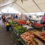 Verkaufsstände auf dem Bauernmarkt Haymarket