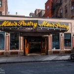 Außenansicht von Mike's Pastry