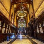 Die Gedenkhalle Memorial Transept in der Memorial Hall auf dem Campus der Harvard University