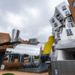 Das Stata Center von Architekt Frank Gehry auf dem Campus des MIT (Massachusetts Institute of Technology)