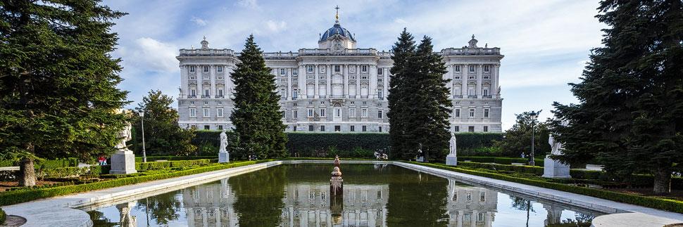 Der Königliche Palast (Palacio Real) in Madrid