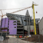 Bauarbeiten zur Erweiterung der Tribüne Main Stand im Stadion Anfield des FC Liverpool