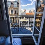 Der herrliche französische Balkon in meiner Airbnb-Unterkunft in Paris