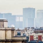 Blick von der Aussichtsterrasse des Eiffelturms in Richtung La Defénse