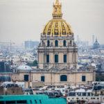 Blick von der Aussichtsterrasse des Eiffelturms auf den Invalidendom