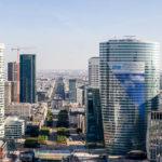 Blick von der Aussichtsterrasse des Grand Arche im Viertel La Défense (Foto von 2007)