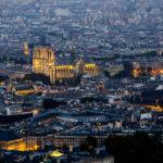 Blick von der Aussichtsterrasse des Tour Montparnasse in Richtung der Kathedrale Notre-Dame de Paris