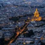 Blick von der Aussichtsterrasse des Tour Montparnasse in Richtung Invalidendom