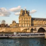 Bootstour auf der Seine mit Blick auf den Louvre